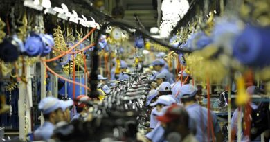 Confiança da indústria atinge maior valor em dez anos, diz FGV